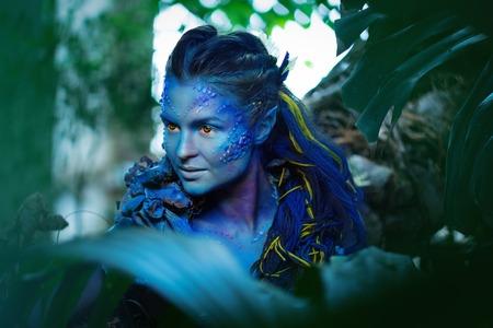 마법의 숲에서 아바타 여자