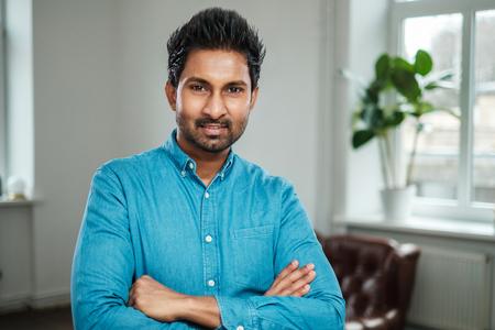 Indischer Mann bei einem Casting