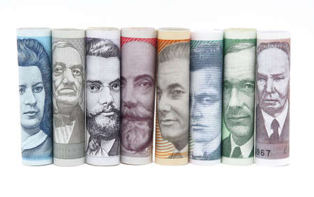 Faces from estonian money twisted in a row