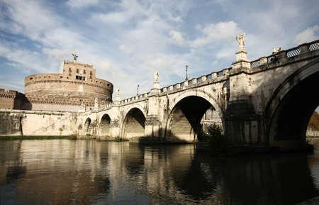 Bridge and castle de Sant Angelo. Roma. Italy