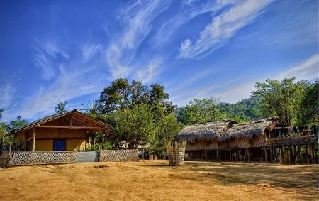 stoop: Tribal House Stock Photo