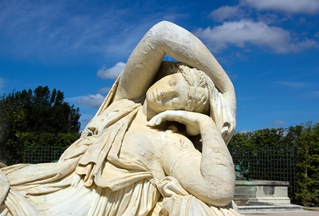 17th: sculpture of the sleeping Ariane. by Van Cleve 17th century