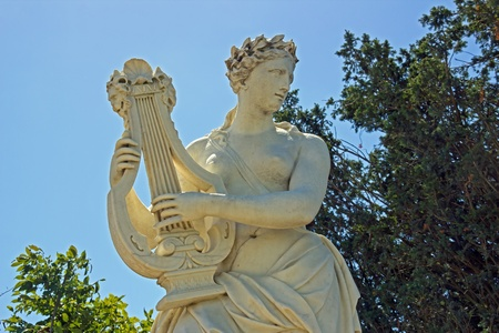 17th: woman playing the lyre (JB Tuby 17th)
