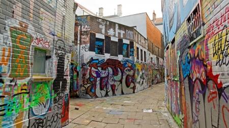 Rue graffitis à Gand en Belgique Werregarenstraatje Banque d'images