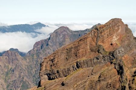 マデイラ島の東海岸の山