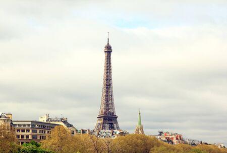 Tour Eiffel pont Alexandre III (Paris France) Banque d'images