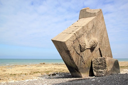 bunker inversé de Sainte-Marguerite-sur-mer (Baie de Somme, France). La dernière guerre mondiale.