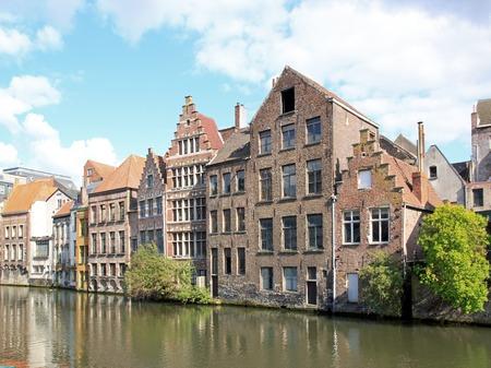 Gand, maisons typiques le long de Lys (Gand, Belgique)