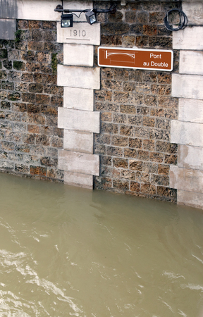 Floods of Paris, comparison between the floods of 1910 and the cure of winter, 2018. Floods of the Seine, Paris (France). Stock Photo