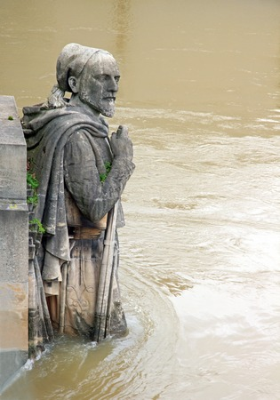 The Zouave of the Bridge of Alma. Floods of the Seine, Paris, winter, 2018. Floods of the Seine, Paris (France).
