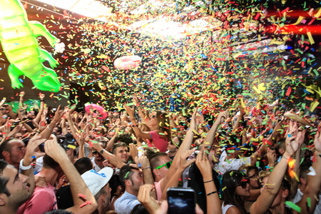 dancing club: Dancing crowd at after hour Party Club Elrow Barcelona