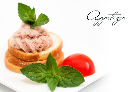 pate: Wholemeal bread with pate and vegetables