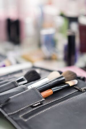 Make-up table clouseup Standard-Bild
