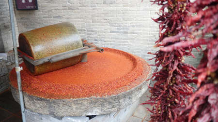 dried chilli ready to be grounded into powder form 版權商用圖片