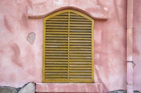 Wooden shutter