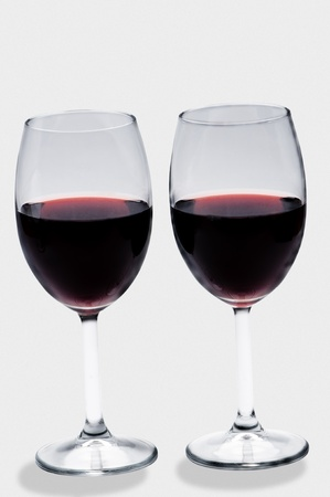 eye red: cups alcohol wine glass