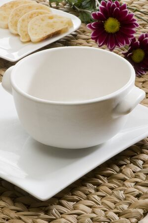 ceramica: dishes, plates, cups, table