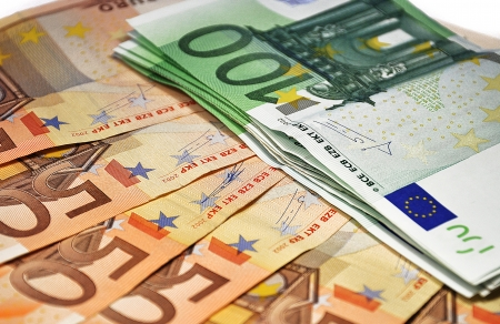 fan of the euro, 50 and 100 euros photo