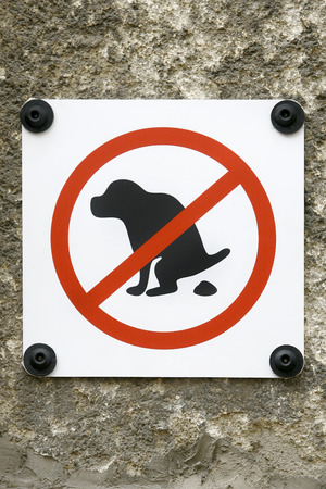 permitted: Sign Ban for Dogs to permitted