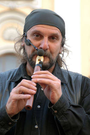 vagrant: Face of vagrant musician