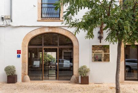 Campos, Balearic Islands / Spain; novemeber 2020: Sa Creu Nova Hotel's facade. Rustic and urban hotel located in the town of Campos Stok Fotoğraf - 159000997