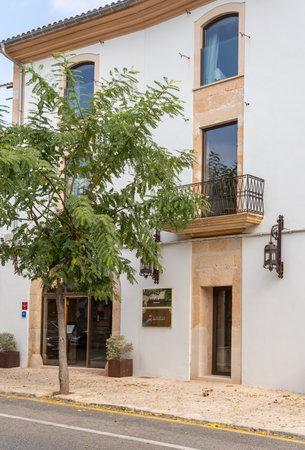Campos, Balearic Islands / Spain; novemeber 2020: Sa Creu Nova Hotel's facade. Rustic and urban hotel located in the town of Campos Stok Fotoğraf - 159000998
