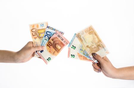 handen houden euro geld rekeningen bankbiljetten Stockfoto