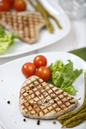 Tuna with salad.
