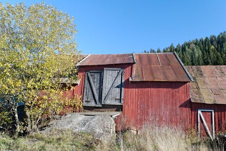 An old barn in rural Norway