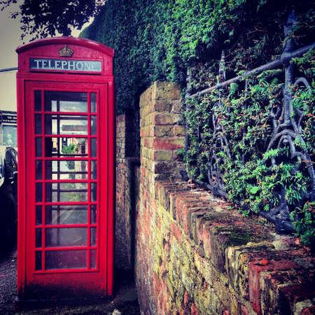 cabina telefonica: Cabina de tel�fono brit�nica en Hertfordshire Welwyn