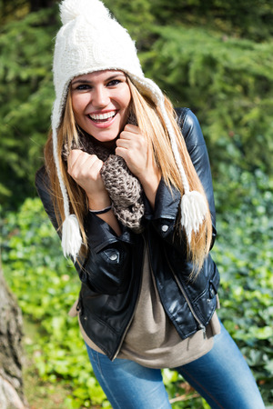 winter woman: Outdoor fashion portrait of beautiful girl in the city. Stock Photo