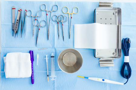 Many kind of medical equipment manage for surgeon to start operations in operating room. 免版税图像 - 111521812