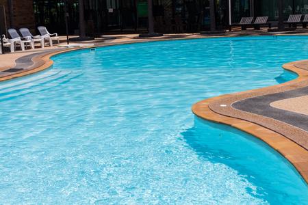 piscina olimpica: Nadar de dise�o encuesta.