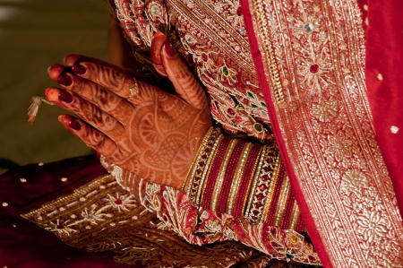 Indian wedding bride getting henna applied, Marriage, Engagement Stock Photo - 10689078