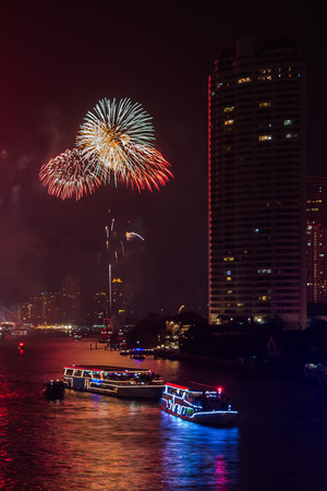 the chao phraya river: Fireworks Celebration on Chao Phraya River, Bangkok, Thailand