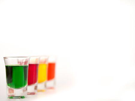 vasos de agua: Vidrio, vidrio coloreado