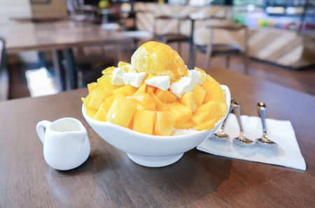 Shaved Ice dessert with Fresh Mango.