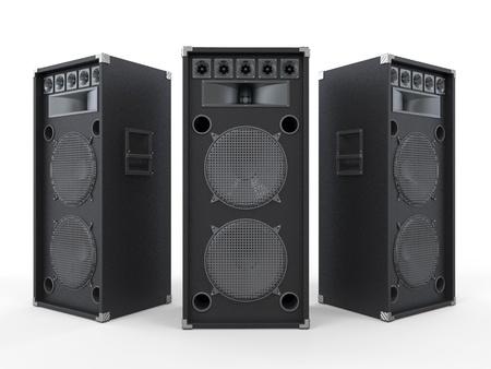 Grandi audio altoparlanti isolati su sfondo bianco