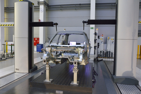 new automobile: Measuring quality in a large new automobile factory