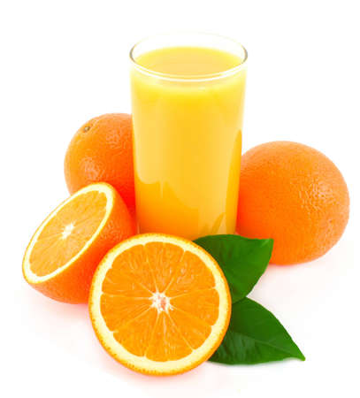 오렌지와 유리 주스