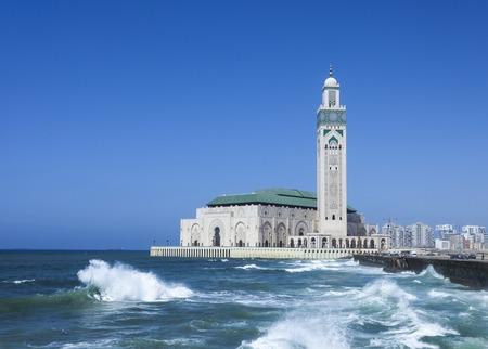 카사 블랑카의 하산 II 모스크는 모로코에서 가장 큰 모스크입니다. 스톡 콘텐츠