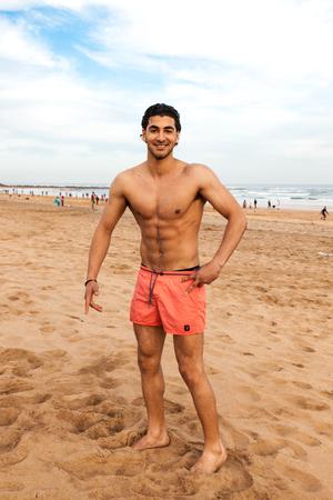 Knappe shirtless mens Stockfoto