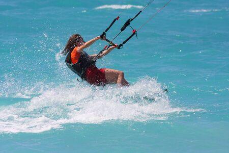 Kite-Boarder auf der Ionischen Insel Lefkas in Griechenland Lizenzfreie Bilder