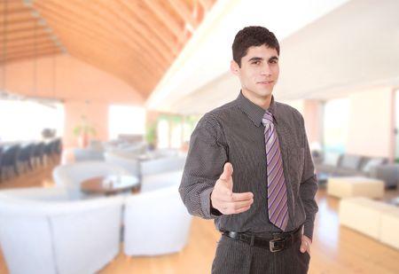 manager: Ein handsome m�nnlichen Hotelmanager in der lobby