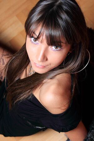 brunett: Beautiful Relaxed Woman in Casual Fashion
