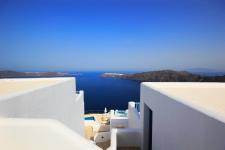 Classical Greek architecture of the streets in the Cyclades Greece Banque d'images