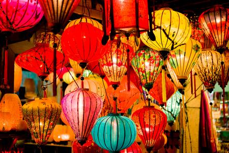 Colorful lanterns at the market street of Hoi An Ancient Town. Vietnam. Standard-Bild