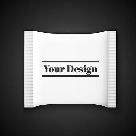 condones: Blank bolsita blanca de pl�stico para la medicina, condones, drogas, caf�, az�car, sal, especias, aislados en fondo gris con lugar para el dise�o y la marca., Excelente ilustraci�n vectorial, EPS 10
