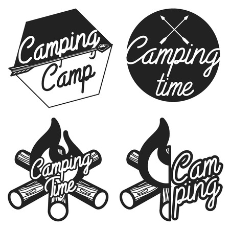 Set of vintage camping and outdoor adventure emblems,  badges. Camp tent in forest or mountains. Camping equipment. Vector. Stock Illustratie