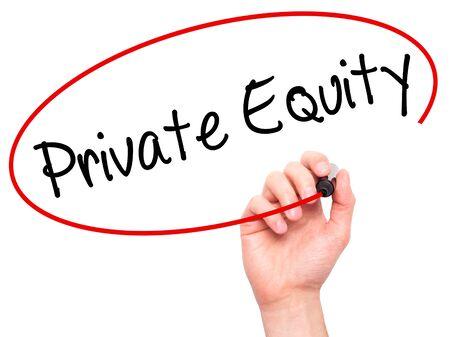 equity: Escritura de la mano del hombre de capital privado con marcador negro en la pantalla visual. Aislado en blanco. Negocios, la tecnolog�a, el concepto de internet. Foto de stock